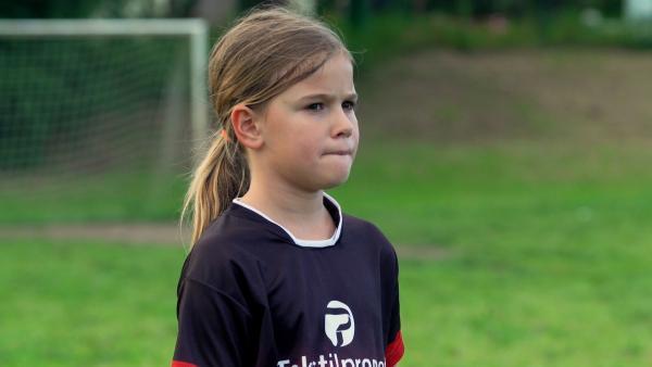 Luana ist Mannschaftskapitänin und hat das Feld immer im Blick. | Rechte: ZDF/Djuro Gavran