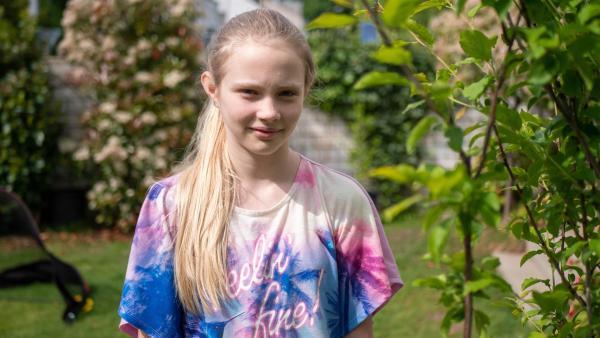Lenyas Eltern sind geschieden. Der Vater hat eine neue Familie gegründet und nun sollen alle zusammenwachsen. Aber mit unfairen Regeln, findet die 12jährige. | Rechte: ZDF/Florian Lippke