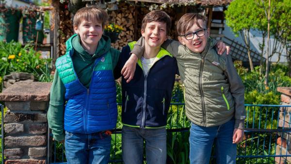 Beste Freunde für immer? Timo, Emil und Marcel waren in der Grundschule unzertrennlich. Dann wechselten sie auf unterschiedliche weiterführende Schulen und verloren den engen Kontakt. Inzwischen kommen die 12-Jährigen bei einem Parcouring-Kurs wieder zusammen. | Rechte: ZDF/Florian Lippke