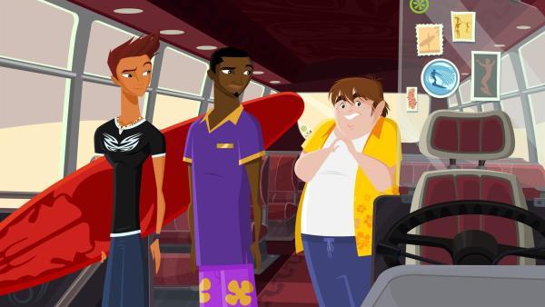 Der dicke Hotelangestellte Lila Pause muss auf den Bus aufpassen, solange Johnny und Reef eine Runde Surfen gehen. | Rechte: KiKA/FreshTV/Cake Entertainment