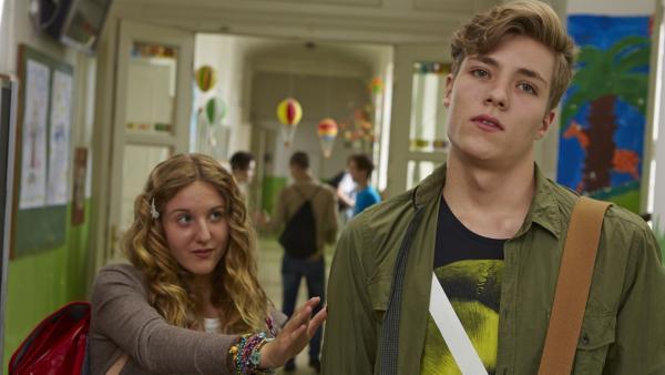 Finn geht Lea aus dem Weg. Wird es kein Happy End für die beiden geben? | Rechte: KiKA/FEEDMEE