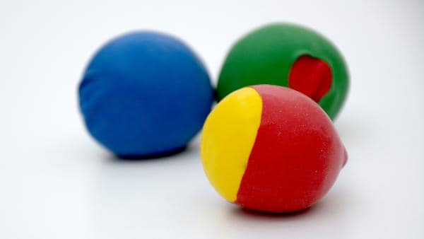 fertige Jonglierbälle | Rechte: KiKA
