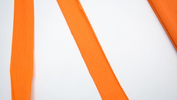Streifen aus Krepppapier | Rechte: KiKA