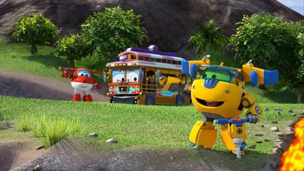 Donnie und Jett leiten die flüssige Lava um, damit der Bus durchkommt.   Rechte: KiKA/FunnyFlux/QianQi/EBS/CJ E&M