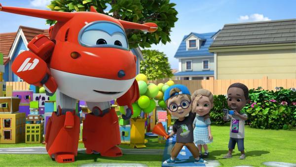 Jett, Victoria und Gerald spielen in Rileys Film mit.   Rechte: KiKA/FunnyFlux/QianQi/EBS/CJ E&M