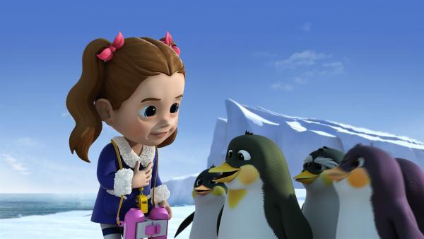 Ella verabschiedet sich von den Pinguinen.   Rechte: KiKA/FunnyFlux/QianQi/EBS/CJ E&M