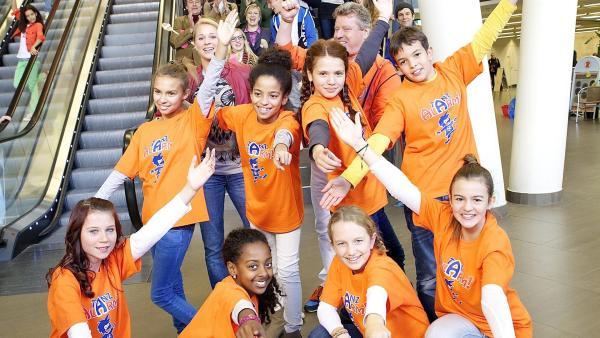 Auch die Tanzalarm-Kids sind mit von der Partie   Rechte: Franzsika Rülke/ZDF/KiKA