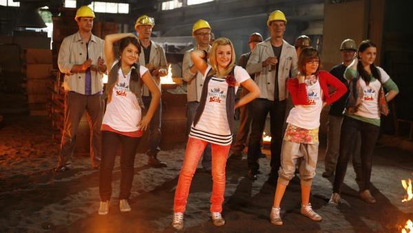 Die TANZALARM Kids heizen ein. | Rechte: KiKA/ZDF/Ilona Kolar