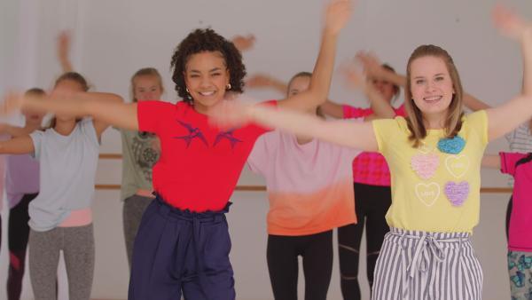 AEIOU - Die TA Kids retten die Tanzstunde | Rechte: KiKA