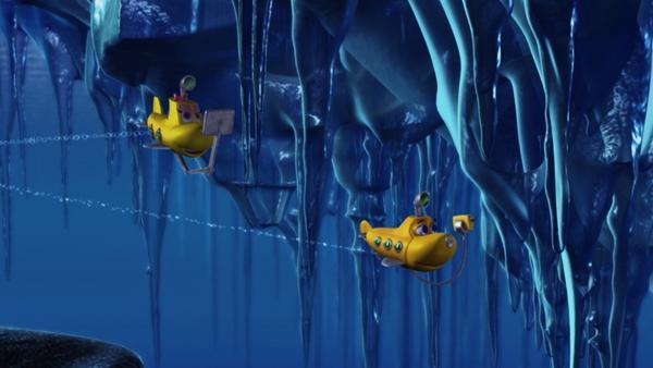 Timmy und Bess tauchen unter die westliche Eiskappe der Arktis, auf der Suche nach einem britischen Schiffswrack. | Rechte: KiKA/Mike Young Productions