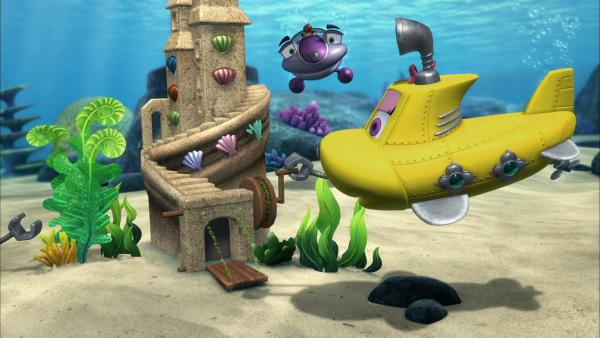 Skid und Bess haben eine Unterwasser-Sandburg gebaut. Sie hat sogar eine Zugbrücke! | Rechte: KiKA/Mike Young Productions