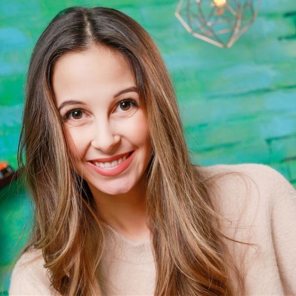"""""""Team Timster""""-Moderatorin Soraya   Rechte: KiKA/Carlo Bansini"""