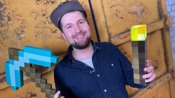 Tim quatscht mit YouTuber LarsLP über Minecraft. | Rechte: KiKA