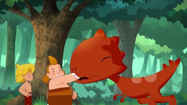 Nur mit einer Handvoll Himbeeren, lässt sich der eifersüchtige Tumtum dazu bewegen, nett zu Nob zu sein. | Rechte: KiKA/hr/TF1/GO-N Productions