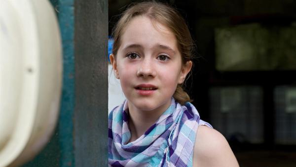 Angst um Jonas. Kann Greta (Enya Elstner) ihren Freund Jonas rechtzeitig warnen?   Rechte: SWR/Maria Wiesler