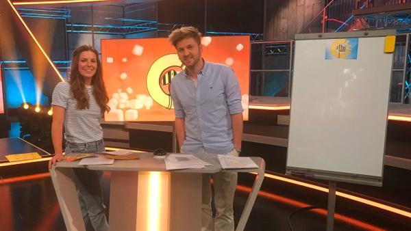 Die neue Moderatorin Amelie führt mit Johannes durchs Programm.  | Rechte: SWR