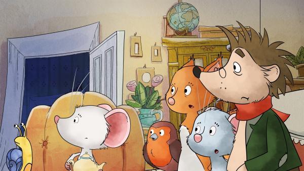 Tilda und ihre Freunde schauen ängstlich zum Fenster.   Rechte: MDR/WunderWerk