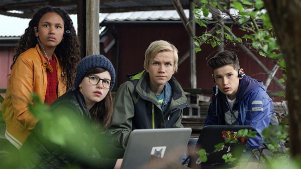 TRIO versucht, in Ramruns Versteck einzudringen | Rechte: NDR/NordicStories