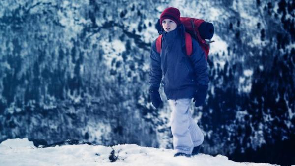 Hendrik (Brage Eiesar Storkjörren) auf dem Weg zu seinem Geheimversteck.   Rechte: NDR/NordicStories