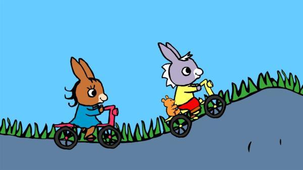 TROTRO und Lilli fahren um die Wette.   Rechte: KiKA/Storimages