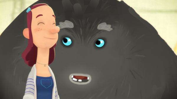 Trude und das Tier freuen sich aufs Minigolfen. | Rechte: WDR/Studio Soi