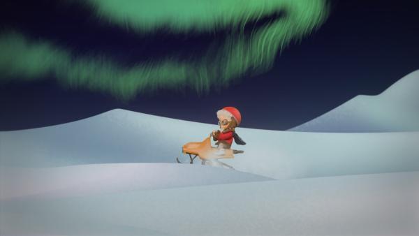 Der Sandmann ist auch mit dem Schneemobil unterwegs zu den Kindern. | Rechte: rbb media