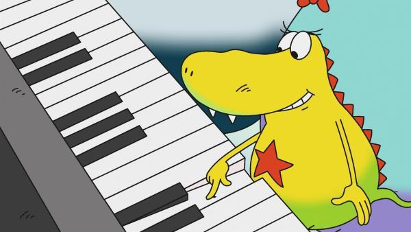 Mama nimmt Klavierstunden und Molly möchte zuhören. Edison aber stört furchtbar. Molly schafft es aber, ihn zur Ruhe zu bringen – zum Schluss darf sie sogar einen eigenen Ton spielen!   Rechte: rbb/Alexandra Schatz Filmproduktion