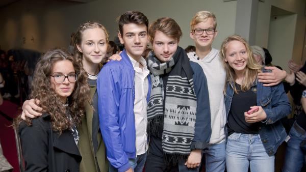 Die schauspielaffinen Protagonisten: Alina (15), Mina (16), Yusuf (16), Tim (15), Hannes (16) und Lili (14). | Rechte: RBB/Dokfilm/Daniel Klaucke