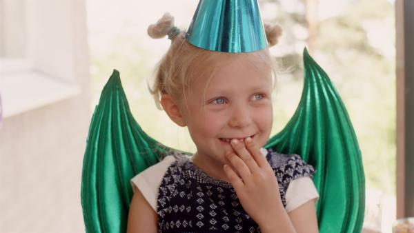 Die fünfjährige Vilda (Sofia Sittnikow) | Rechte: KiKA/Anton Tevajärvi
