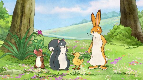 Der kleine braune Hase und seine Freunde wissen nicht, was das für ein gelbes Tier ist. Da sie es nicht wissen, nennen sie ihn den kleinen gelben Quak. | Rechte: KiKA/SLR Productions Australia Pty.Ltd./Scrawl Studios Pte Ltd./hr/ARD