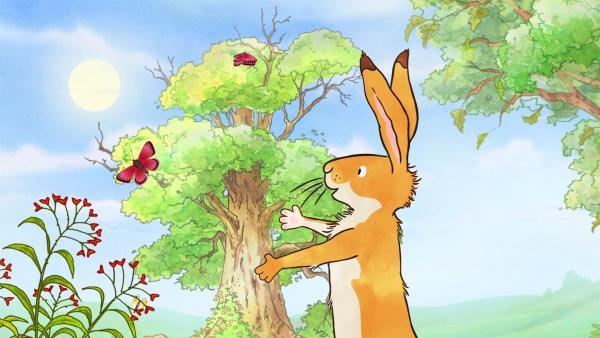 Der kleine braune Hase will ausprobieren, wie es wäre der große braune Hase zu sein. | Rechte: KiKA/SLR Productions Australia Pty.Ltd./Scrawl Studios Pte Ltd./hr/ARD