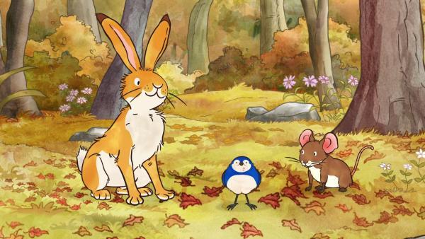 Der kleine braune Hase, der kleine Vogel und die kleine Feldmaus im herbstlichen Wald. | Rechte: KiKA/SLR Productions Australia Pty.Ltd./Scrawl Studios Pte Ltd./hr/ARD