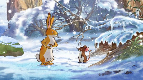 Der kleine braune Hase besucht seine Freundin die kleine Feldmaus, um ihr sein tolles Winterfell zu zeigen. | Rechte: KiKA/SLR Productions Australia Pty.Ltd./Scrawl Studios Pte Ltd./hr/ARD