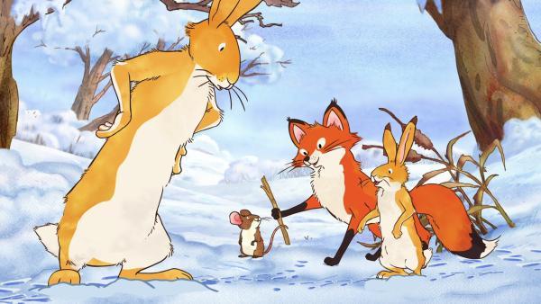 Die beiden braunen Hasen, die kleine Rotfüchsin und die kleine Feldmaus spielen im Schnee. Dabei entdecken sie eine Spur und folgen ihr. | Rechte: KiKA/SLR Productions Australia Pty.Ltd./Scrawl Studios Pte Ltd./hr/ARD