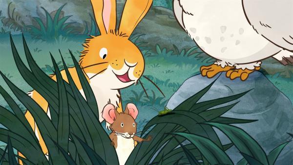 Der kleine Hase spielt mit seinen Freunden auf der Wiese Fangen. | Rechte: KiKA/SLR Productions Australia Pty.Ltd./Scrawl Studios Pte Ltd./hr/ARD