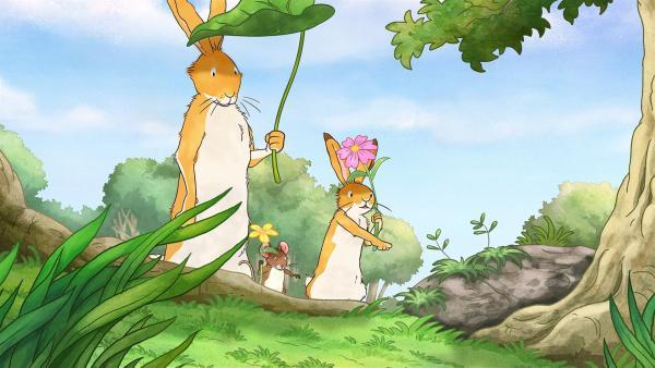 Der große Hase ist mit dem kleinen Hasen und der kleinen Feldmaus an einem heißen Sommertag unterwegs.   Rechte: KiKA/SLR Productions Australia Pty.Ltd./Scrawl Studios Pte Ltd./hr/ARD
