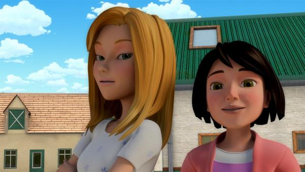 Vanessa (li.) und Tanja (re.) | Rechte: ZDF/Wendy and Associated Characters (c) WPL 2012