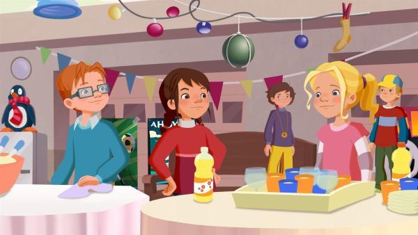 Die Kinder bereiten das Möwenweg-Fest vor. | Rechte: ZDF/WunderWerk