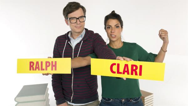 Clarissa Corrêa da Silva und Ralph Caspers führen durch die Welt der außergewöhnlichen Fragen. | Rechte: WDR/Ben Knabe