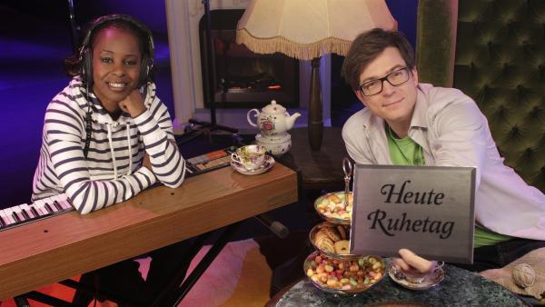 Shary und Ralph zeigen heute, wie sie sich an Ihrem Ruhetag die Zeit vertreiben. | Rechte: WDR/Thorsten Schneider