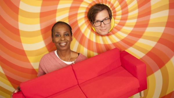Shary und Ralph sorgen heute für die richtige Motivation in allen Lebenslagen auf ihrer neuen Motivationscouch. | Rechte: WDR/Thorsten Schneider