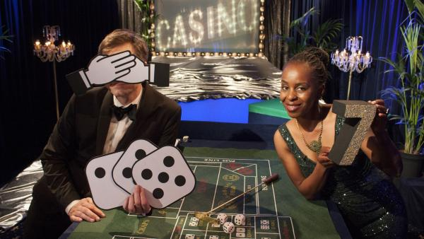Shary und Ralph heute im Casino Deluxe. | Rechte: WDR/Thorsten Schneider