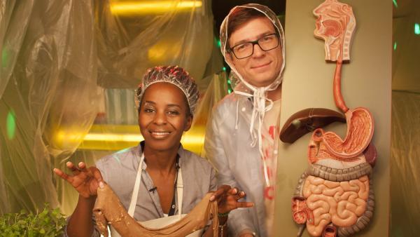 Shary und Ralph hören genau hin und verdauen anschaulich in Farbe und vor allem mit Ton eine ganze Mahlzeit – vom Kaumuskel bis zum Schließmuskel. | Rechte: WDR/Thorsten Schneider