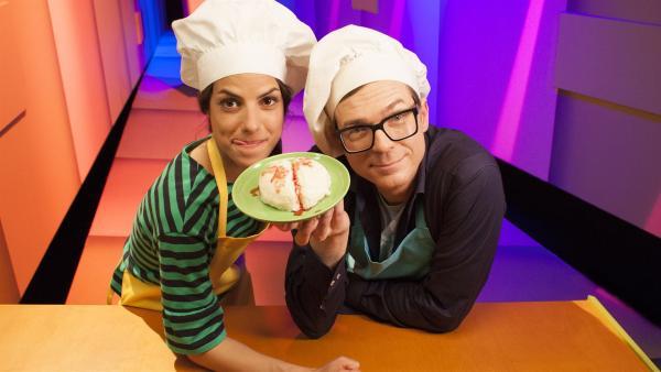 In der Küche mit Clarissa und Ralph. | Rechte: WDR/Thorsten Schneider