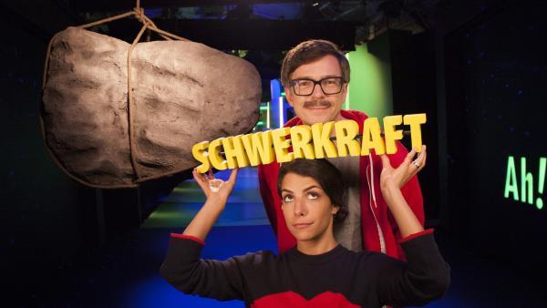 Clarissa und Ralph untersuchen, was es mit der Schwerkraft auf sich hat. | Rechte: WDR/Thorsten Schneider