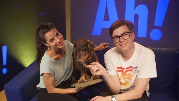 Clarissa und Ralph mit ihrem vierbeinigen Freund Lumpi | Rechte: WDR/Thorsten Schneider