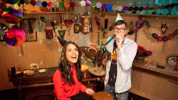 Clarissa und Ralph im Partykeller | Rechte: WDR/Thorsten Schneider