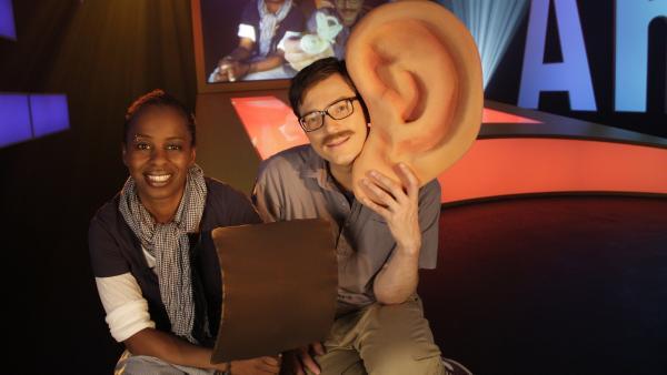 Psst! Bei Shary und Ralph dreht sich heute alles ums Hören und ums Stimmen. | Rechte: WDR/Thorsten Schneider