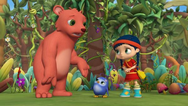 Papa Bär bittet Wissper und Pinguin-Mädchen Peggy um Hilfe: Seine kleine Honey wird von Bienen gejagt.   Rechte: ZDF/M4e