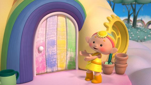 Baba Gelb findet, dass die Tür zum Wolkenhaus gestrichen werden muss. | Rechte: KiKA/Hoho Entertainment